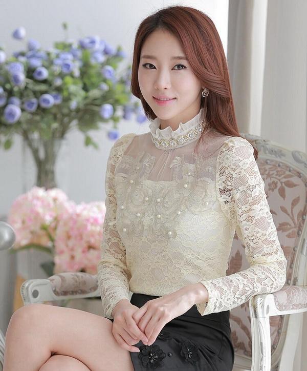 Korea Closet เสื้อสตรี เนื้อผ้า Laze สีครีม ดีเทลทรง