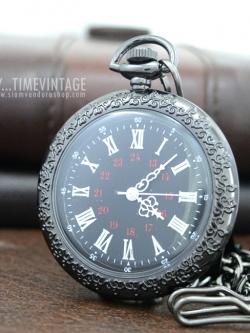 นาฬิกาพกสีดำลายเถาวัลย์หน้าเปลื่อย OPEN FACE เลขโรมัน (พร้อมส่ง)