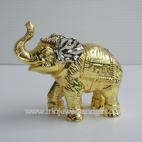 ช้างเรซิ่นเคลือบสีทอง C16