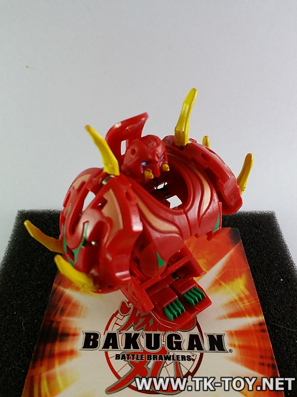 (บาคุกันของแท้) Bakugan Trap Hylash Marble Color Varies