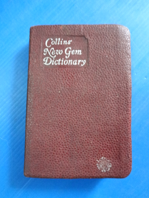 Collins' New Gem Dictionary มีลายมือเขียน ปี 2493