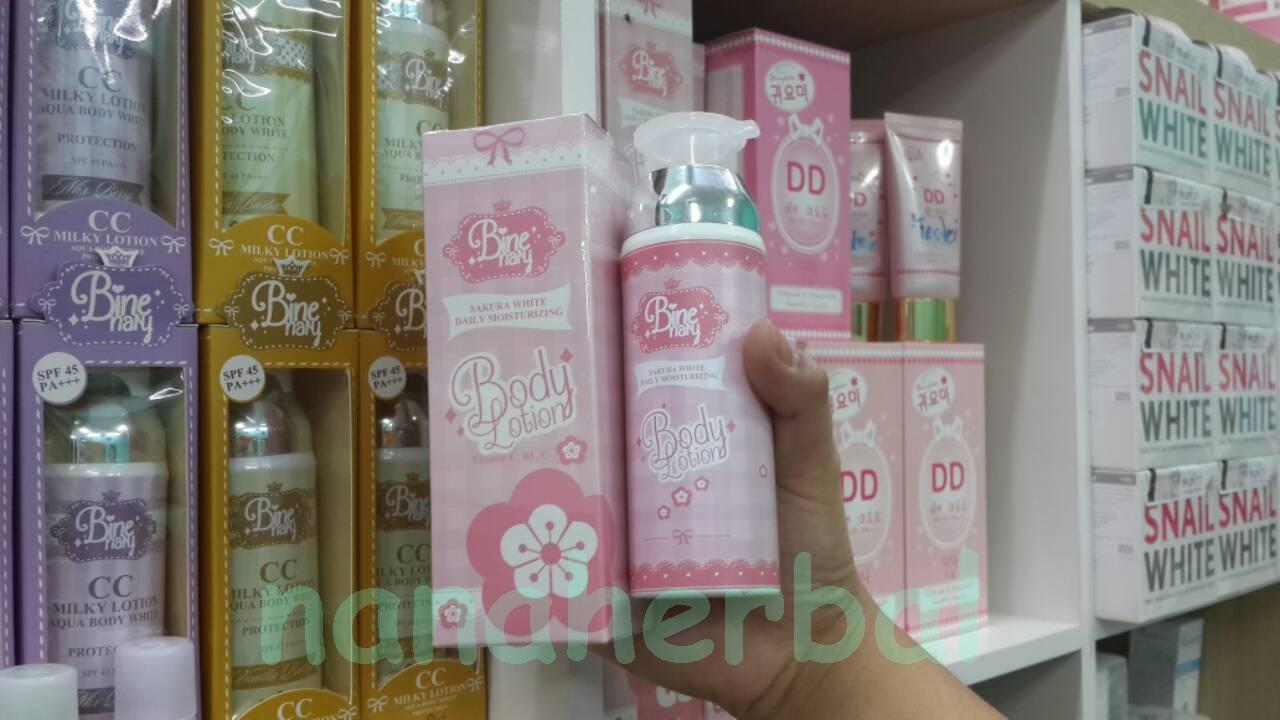 Sakura white daily moisturizing Binenary