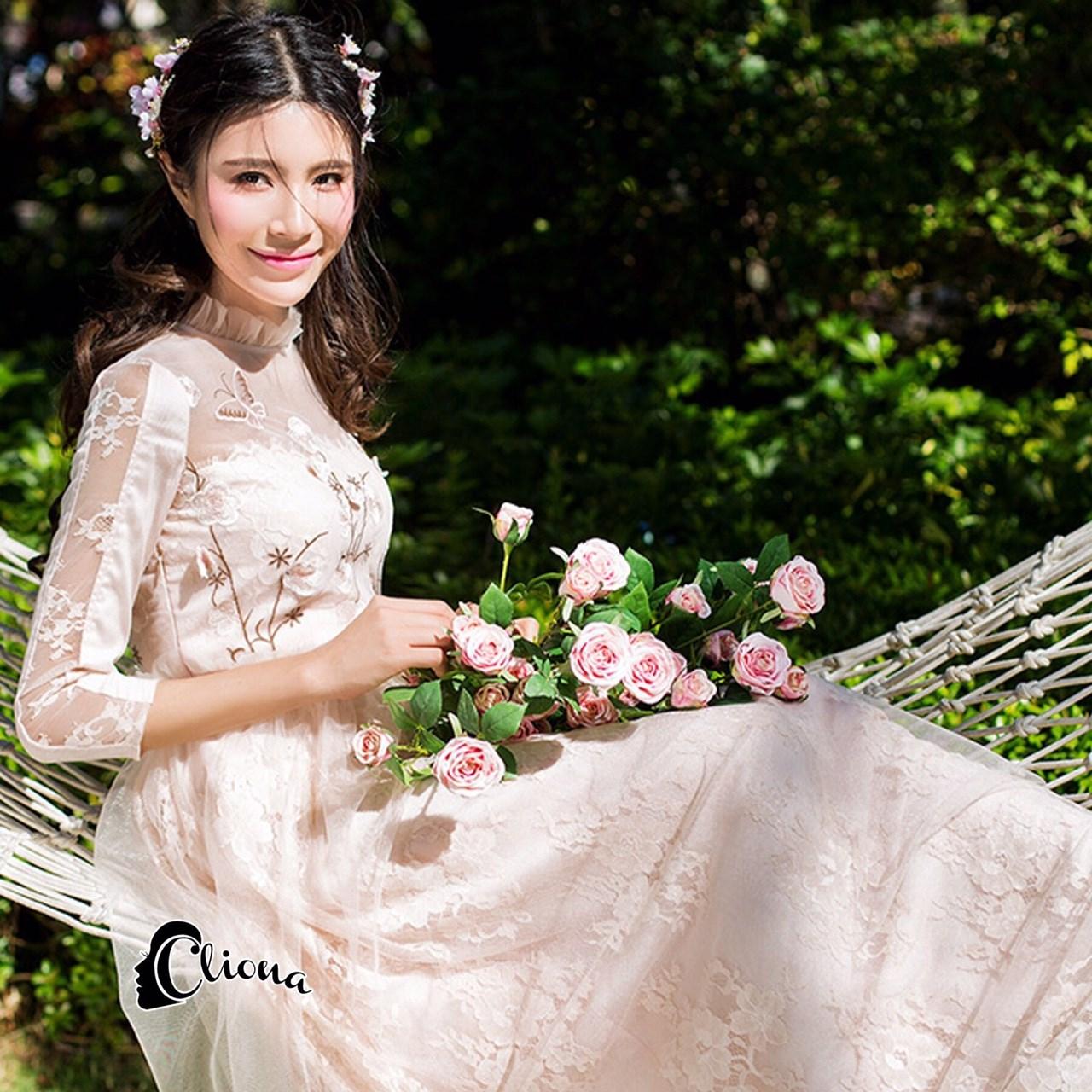Long dress สีชมพูโอรส แขน 5 ส่วนช่วงอกปักดอกซากุระ