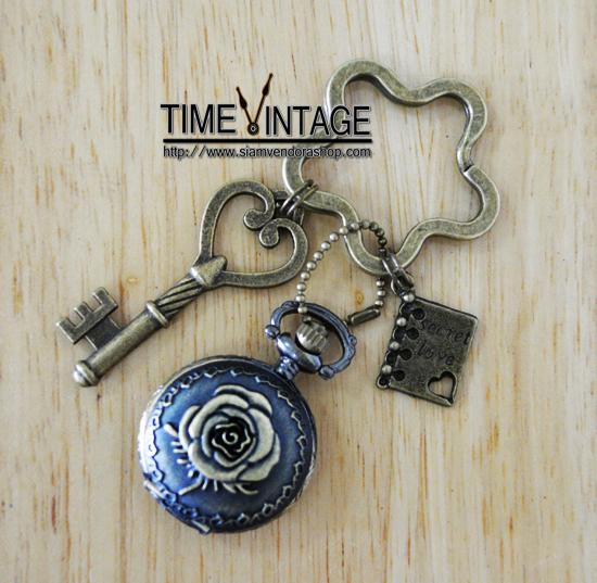 """**พร้อมส่ง** พวงกุญแจนาฬิกา ดีไซด์ """"Secret Love"""""""