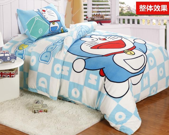 [Preorder] ผ้าปูที่นอนเตียงเดี่ยว (ไซส์ 3.3 ฟุต, 4 ฟุต หรือ 4.5 ฟุต) ลายโดเรมอนสีฟ้าอ่อน Cartoon coral velvet three-piece children's bed dormitory bed linen products