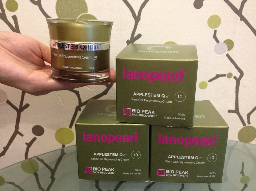 Lanopearl AppleStem Q10 Stem Cell Rejuvenating Cream 50 ml.