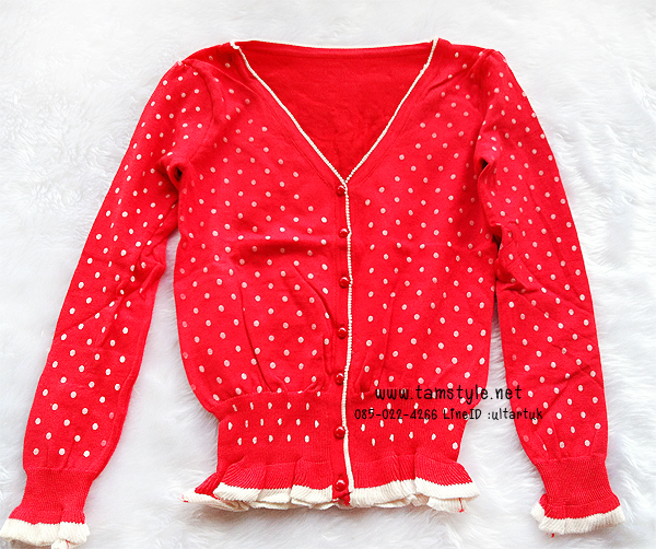 Coat-017 เสื้อคลุมไหมพรม Cardigan สีแดง ลายจุด Polka dot สีขาว แต่งแถบสีขาวชายเสื้อ สวยอินเทรนด์ต้อนรับอากาศเย็น สวยสดใส น่ารักมากๆค่ะ