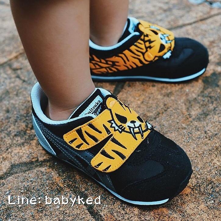 รองเท้าเด็ก Onitsuka Tiger Limited Edition Tokidoki California 78 (Black/Charcoal) ของแท้100% ของใหม่มีกล่องป้ายครบ 2,900 บาท