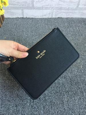 พร้อมส่งค่ะ Kate Spade zip purse/ wristlet สีฮิตตลอดกาล