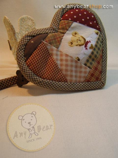 กระเป๋าผ้า patchwork ใส่เหรียญรูปหัวใจลายหน้าหมี
