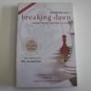 รุ่งอรุโณทัย เล่ม 1 (Breaking Dawn) พิมพ์ครั้งที่ 3 Stephenie Meyer เขียน อาทิตยา แปล***สินค้าหมด***