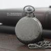 นาฬิกาของขวัญทรงตลับล็อคเก็ตสีดำ ลายไทยเถาวัลย์ ระบบถ่านควอทซ์ญี่ปุ่น