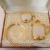 แก้ว 2 ชุดขอบทองพร้อมกล่องผ้าไหม