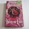 รักดั่งไฟ (Twin of Fire) Jude Deveraux เขียน รจิตษรา แปล