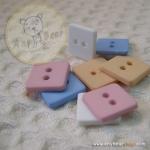 กระดุมสี่เหลี่ยม ด้านละ 10 mm. - sweet color