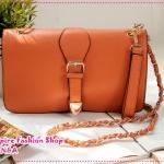 กระเป๋าแฟชั่นสะพายข้างทรงสีเหลี่ยมผืนผ้าสีส้ม Mahogany Shop in Europe and America Retro Shoulder Messenger Clutch package new handbag rivet chain bag