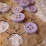 กระดุมขนาดเส้นผ่านศูนย์กลาง 12 mm. -light purple