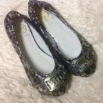 พร้อมส่งคะ รองเท้าTory Burch ballet flats size 35 silver มีกล่องให้จ้า