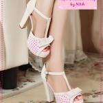 [Preorder] รองเท้าส้นสูงแฟชั่นฉลุลายจุดสีชมพูอ่อน 2012 new sweet bow hollow rough with waterproof high-heeled