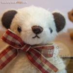 ตุ๊กตาหมีพวงกุญแจผ้าขนนิ่ม ขนาด 9 cm. - PUFF