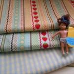 ผ้าจัดเซตผ้า cotton สั่งจากUSA ขนาด 1/8 หลา 2 ชิ้น + cotton ลายตารางในไทย ขนาด1/4 m