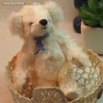 ตุ๊กตาหมีผ้าขนสีครีมขนาด 12 cm. - Bobble 70%
