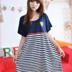 เดรสคลุมท้องคุณแม่ยุคใหม่ลายขวางสีน้ำเงินปักโลโก้ที่หน้าอก 2012 Korean version of the new summer stripes cotton pregnant women dress maternity dress code relaxed pregnant women dress