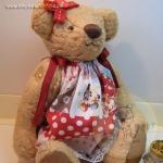 ตุ๊กตาหมีผ้าขนแกะสีน้ำตาลทองขนาด 23 cm. - Sue