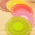 [Preorder] ที่รองแก้วลายดอกไม้ sweet retro translucent the openwork lace coasters silicone pad insulation coasters (12 อัน/แพ็ค)