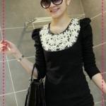 เสื้อแขนยาวแฟชั่นสีดำ paragraph pearl embellishment flowers round neck long-sleeve