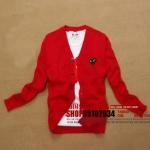 (พร้อมส่ง) เสื้อไหมพรมแขนยาว/Cardigan PLAY คอวี สีแดงหัวใจดำ ไซด์ M