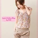 [Preorder] เซ็ทเสื้อลายดอกไม้กางเกงทรงฟักทองแฟชั่นเก๋ๆ สีม่วง 2012 new Floral Ruffled Sleeve Blouse + pumpkin shorts