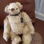 ตุ๊กตาหมีผ้าขนสีน้ำตาลขนาด 20 cm. - Dia