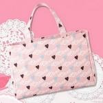 กระเป๋าสะพาย Cher สีชมพูลายหัวใจจากนิตยสาร Sweet