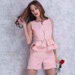 [Preorder] เซ็ทเสื้อแขนกุด + กางเกงขาสั้นแฟชั่นสไตล์ยุโรป สีชมพู (ไซส์ S M L) 2015 Autumn fashion sweet ladies suit small fragrant wind Korean wave flounced skirt suit vest Specials