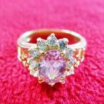 สินค้าหมดค่ะ แหวนพลอยชมพูทองเหลืองล้อมเพชรแบบผู้หญิง(ธาตุไม้)ค่ะ