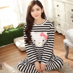 [Preorder] ชุดนอนแฟชั่น Hello Kitty เสื้อแขนยาวกางเกงขายาว สีดำ (ไซส์ M L XL XXL XXXL) hellokitty cotton sleepwear female autumn big yards female long-sleeved pajama suit tracksuit cartoon cute spring and autumn
