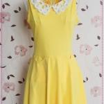 เดรสแขนกุดแฟชั่นปกฉลุลวดลายดอกไม้สีเหลือง Spring and summer of 2012 the new Women Korean version of the sweet lace collar pocket vest skirt dress