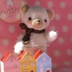 ตุ๊กตาหมีผ้าขนสีขาวขนาด 13 cm.- Cake (stand )