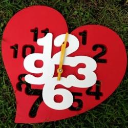 นาฬิกา 3D ทรงหัวใจ