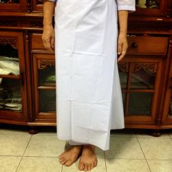 ผ้าถุงชี ผ้าถุงแม่ชี มี2แบบ: แบบเย็บสำเร็จ(มีตะขอเกี่ยวที่เอว) กับ แบบธรรมดา