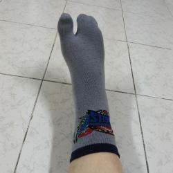 ถุงเท้าแยกนิ้วโป้ง Freesize