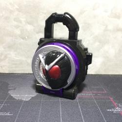 Masked Rider Yoroibu Candy Lock Seed Joker Lock Seed (ล็อคซีทโจ๊กเกอร์)