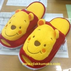 รองเท้าใส่เดินในบ้าน ลาย หมีพูร์ Pooh Freesize