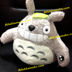 ตุ๊กตา ลาย โตโตโร่ Totoro ขนาด 12x12นิ้ว