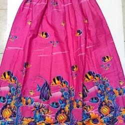 ผ้าถุง ขอบยางยืด มี3ขนาด: ขนาดยาว 60cm, 85cm, และ 100cm ใช้สำหรับนุ่งอาบน้ำ