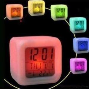 นาฬิกาปลุก7สี (สั่งซื้อ6ชิ้น เหลือชิ้นละ 80บาท)