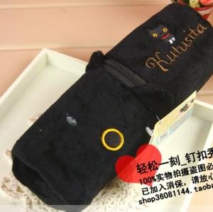 กระเป๋าดินสอ ลายแมวดำ Kutsushita