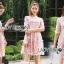 ค็อกเทลเดรสผ้าชีฟองสีชมพูปักดอกไม้ ตัวนี้เหมาะกับสาวหวาน thumbnail 3