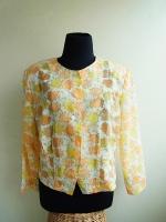 เสื้อวินเทจคอกลมลายดอกไม้สีส้ม